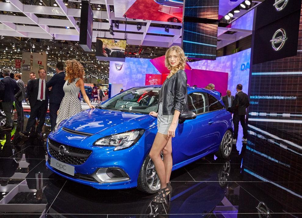 Nuova Opel Corsa OPC foto e informazioni ufficiali - Foto 4 di 6