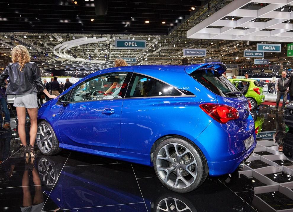 Nuova Opel Corsa OPC foto e informazioni ufficiali - Foto 5 di 6