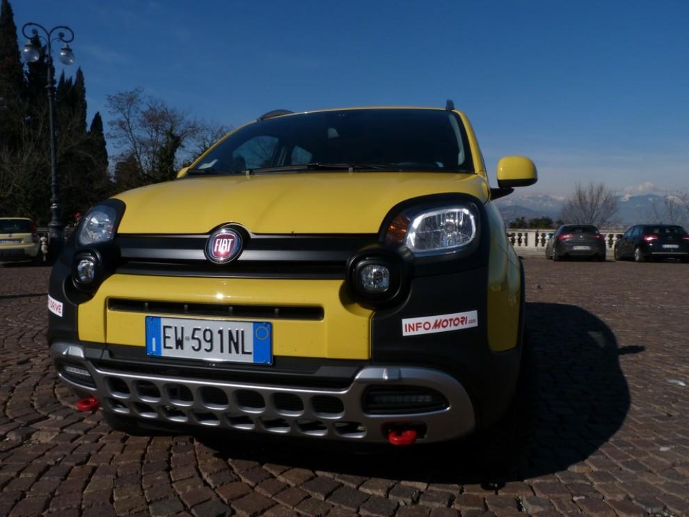 Fiat Panda Cross 1.3 MJT S&S 4×4: la prova su strada - Foto 1 di 30