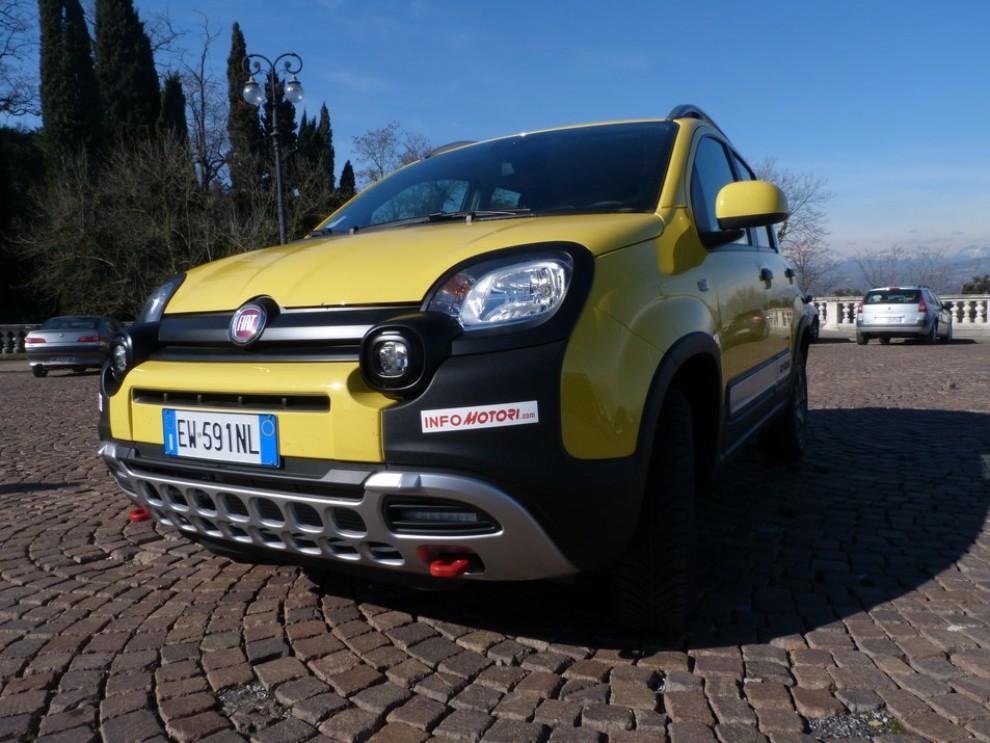 Fiat Panda Cross 1.3 MJT S&S 4×4: la prova su strada - Foto 2 di 30