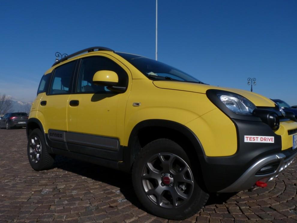 Fiat Panda Cross 1.3 MJT S&S 4×4: la prova su strada - Foto 4 di 30