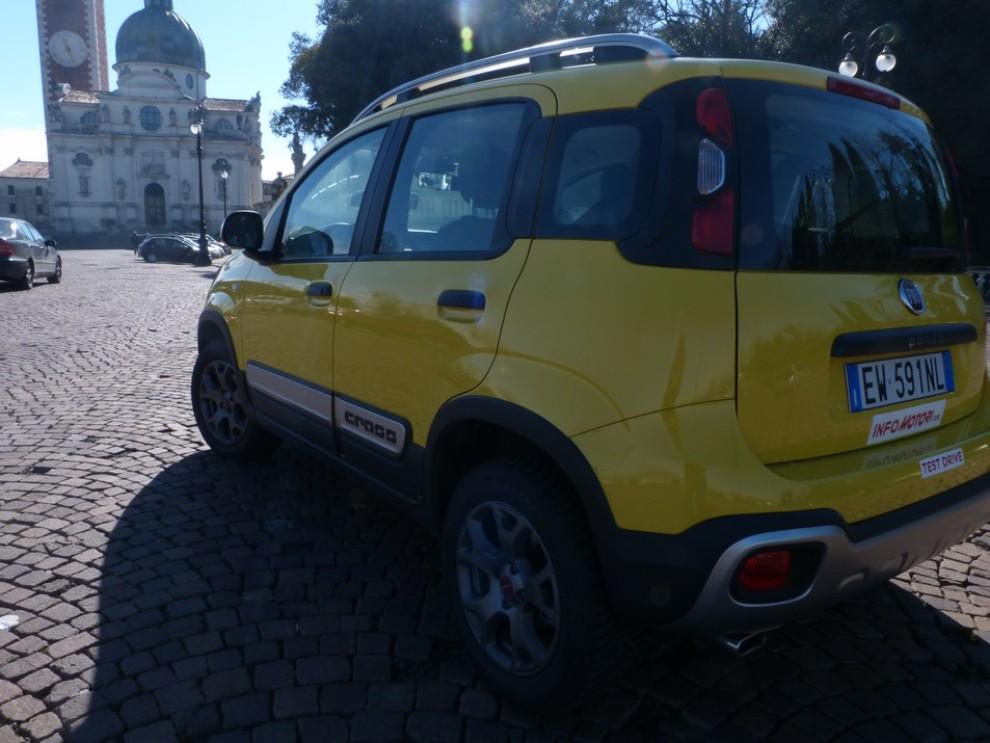 Fiat Panda Cross 1.3 MJT S&S 4×4: la prova su strada - Foto 8 di 30