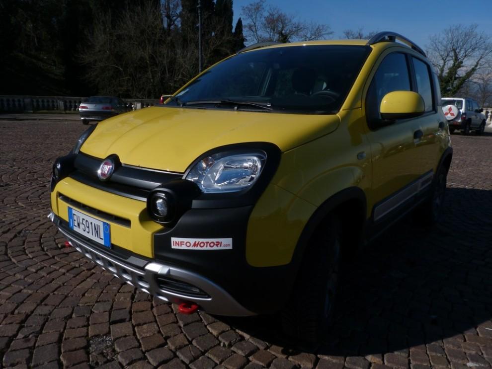 Fiat Panda Cross 1.3 MJT S&S 4×4: la prova su strada - Foto 14 di 30