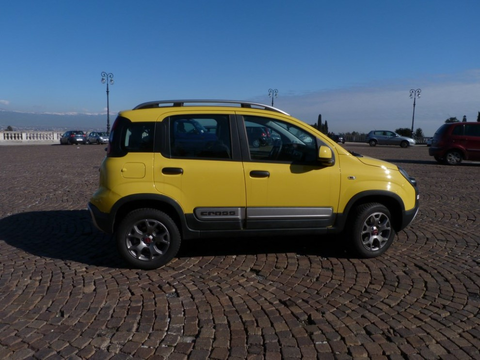 Fiat Panda Cross 1.3 MJT S&S 4×4: la prova su strada - Foto 17 di 30