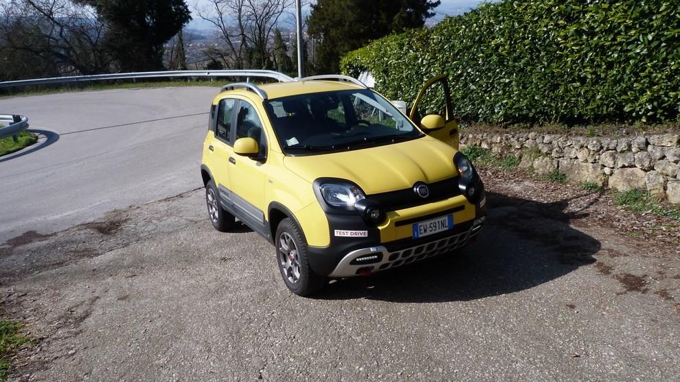 Fiat Panda Cross 1.3 MJT S&S 4×4: la prova su strada - Foto 25 di 30