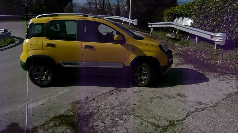 Fiat Panda Cross 1.3 MJT S&S 4×4: la prova su strada - Foto 26 di 30