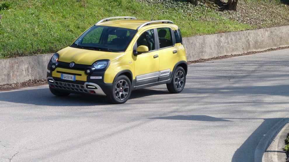 Fiat Panda Cross 1.3 MJT S&S 4×4: la prova su strada - Foto 27 di 30