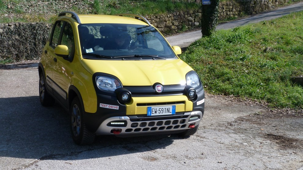 Fiat Panda Cross 1.3 MJT S&S 4×4: la prova su strada - Foto 29 di 30