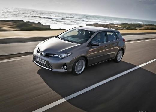 Toyota Auris in promozione con uno sconto di oltre 4.000 euro