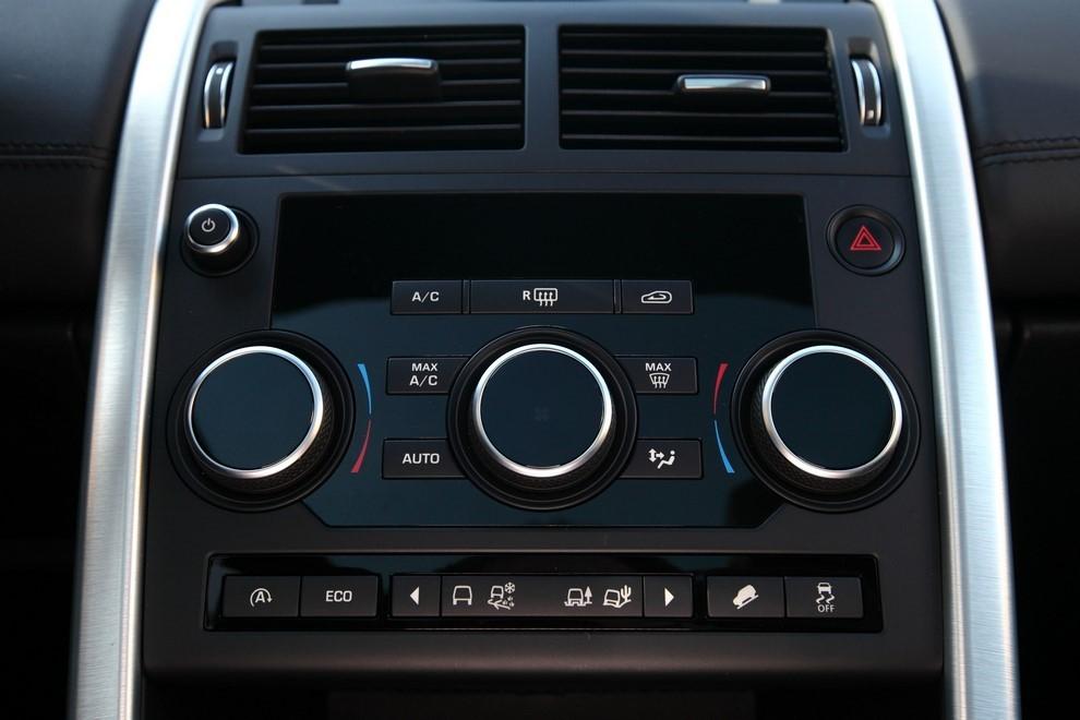 Land Rover Discovery Sport prova su strada, prestazioni e consumi - Foto 14 di 14