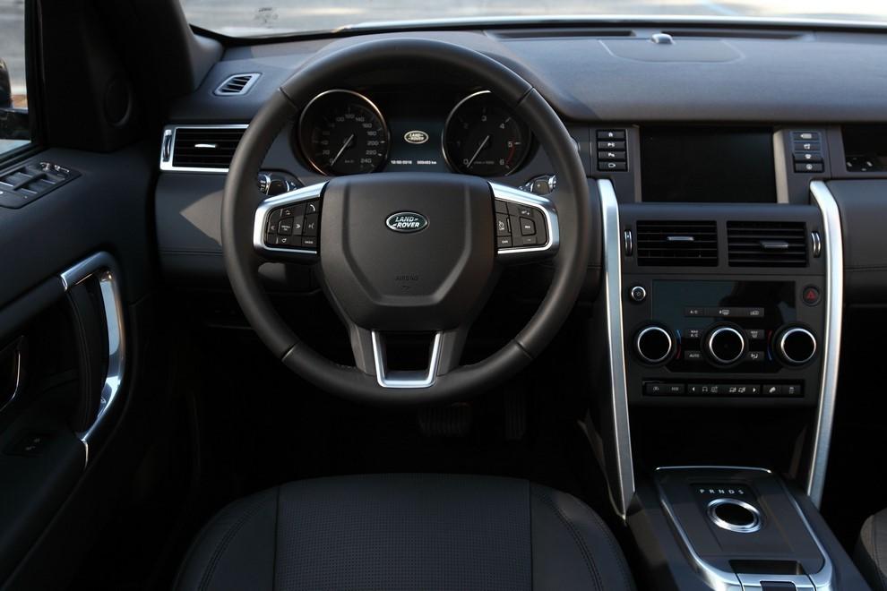 Land Rover Discovery Sport prova su strada, prestazioni e consumi - Foto 3 di 14