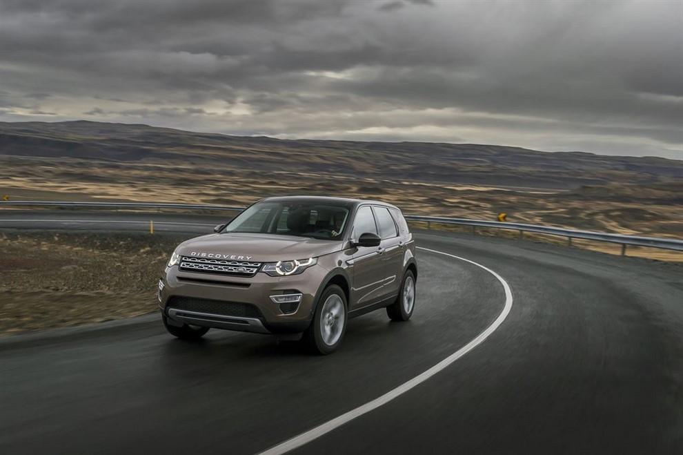 Land Rover Discovery Sport prova su strada, prestazioni e consumi - Foto 6 di 14