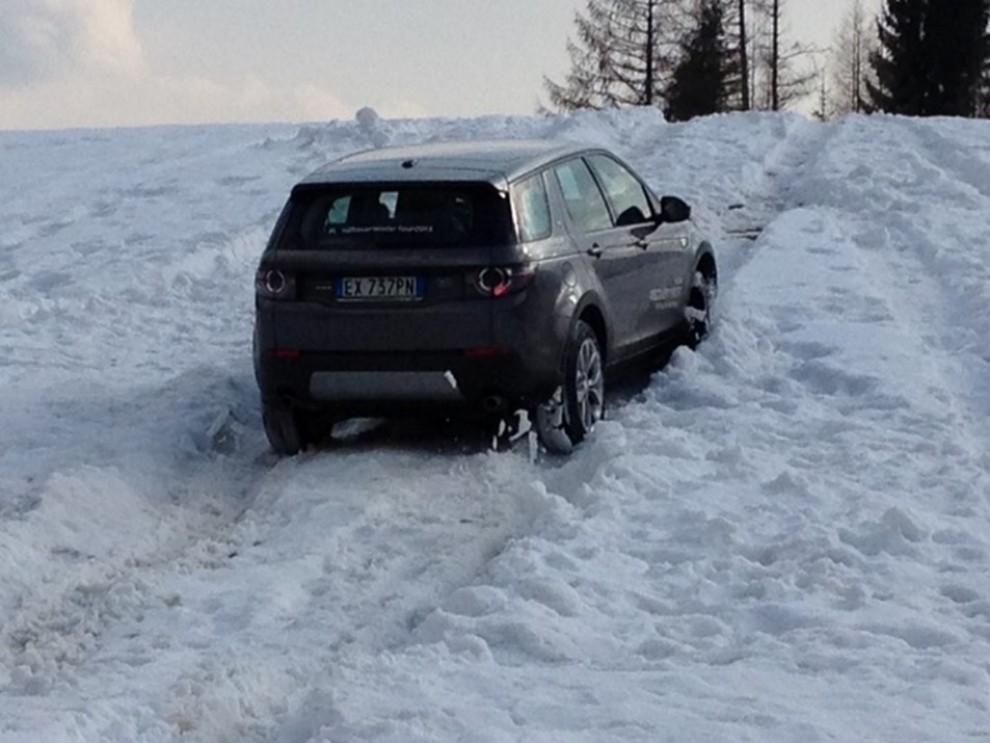Land Rover Discovery Sport prova su strada, prestazioni e consumi - Foto 8 di 14