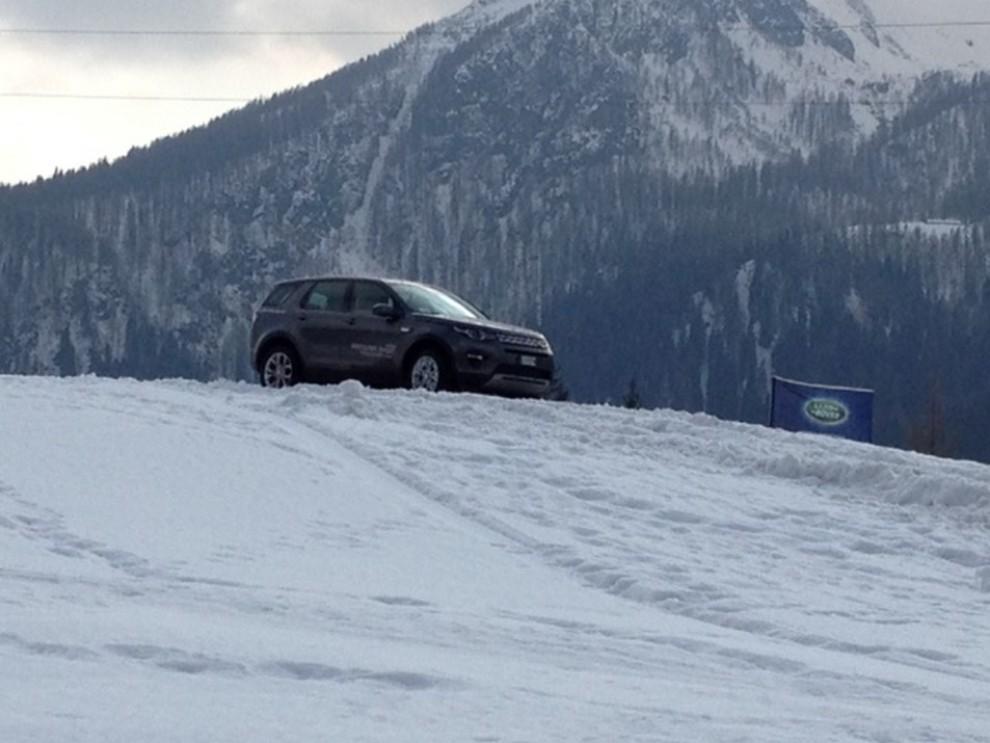Land Rover Discovery Sport prova su strada, prestazioni e consumi - Foto 9 di 14