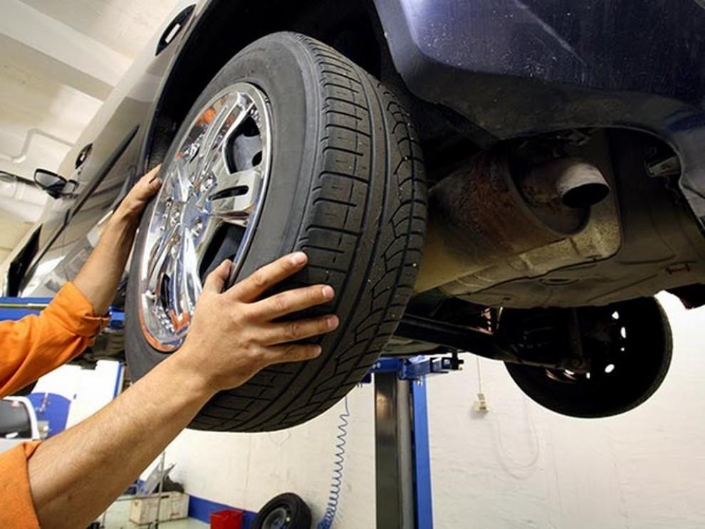 Cambio pneumatici invernali: quando sostituirli con le gomme estive - Foto 3 di 5