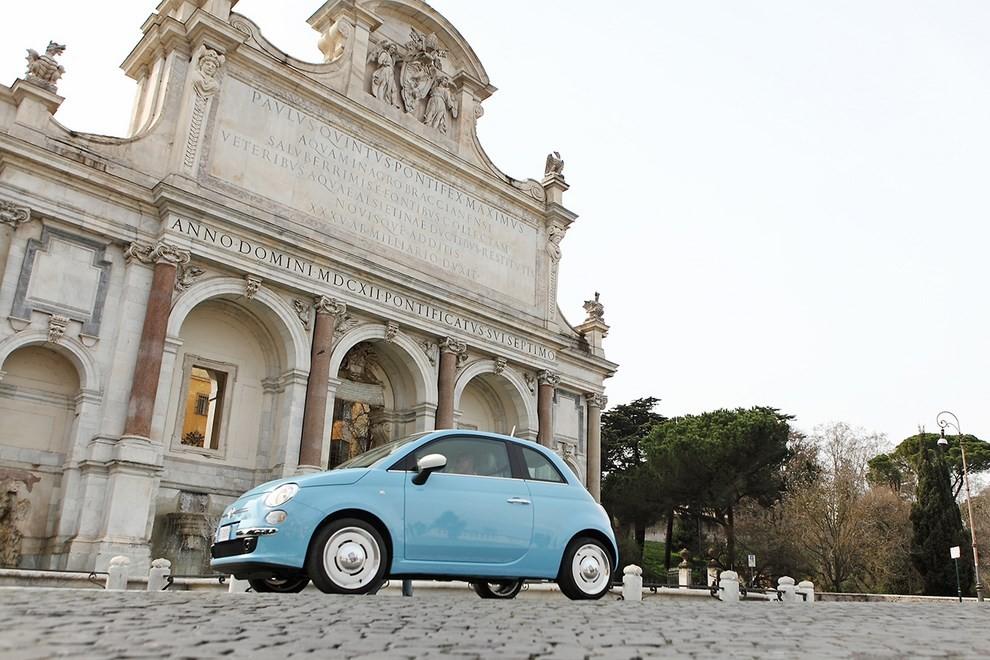 Fiat 500 Vintage '57, torna un mito del Made in Italy - Foto 1 di 7