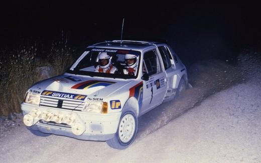 30 anni fa sbarcava nel tricolore rally la Peugeot 205 T16