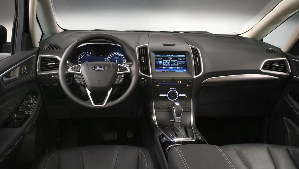 Ford Galaxy: tutti gli allestimenti, i motori ed i prezzi - Foto 3 di 5