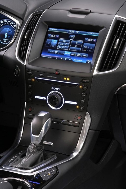 Ford Galaxy: tutti gli allestimenti, i motori ed i prezzi - Foto 4 di 5