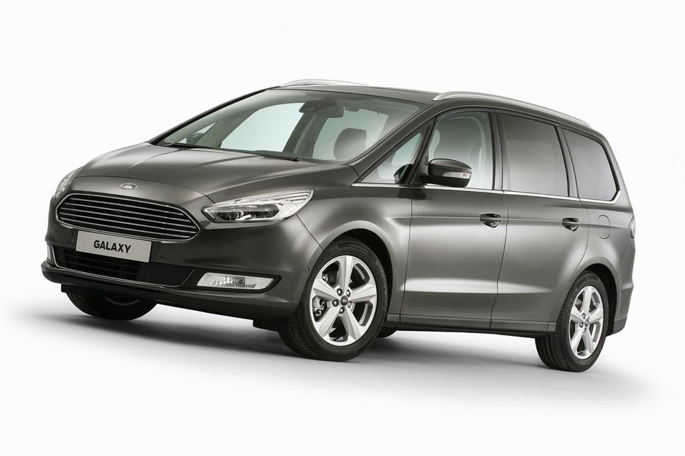 Ford Galaxy: tutti gli allestimenti, i motori ed i prezzi - Foto 5 di 5