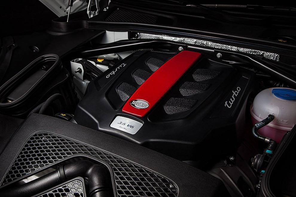 Romeo Ferraris presenta il pacchetto Tech Art per la Porsche Macan - Foto 2 di 4