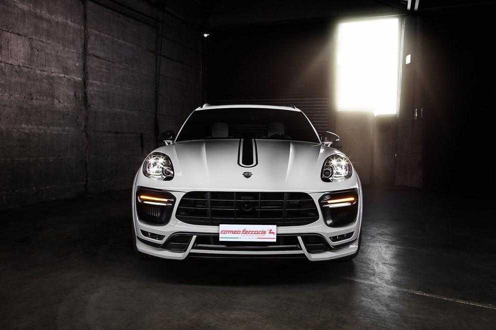 Romeo Ferraris presenta il pacchetto Tech Art per la Porsche Macan - Foto 4 di 4