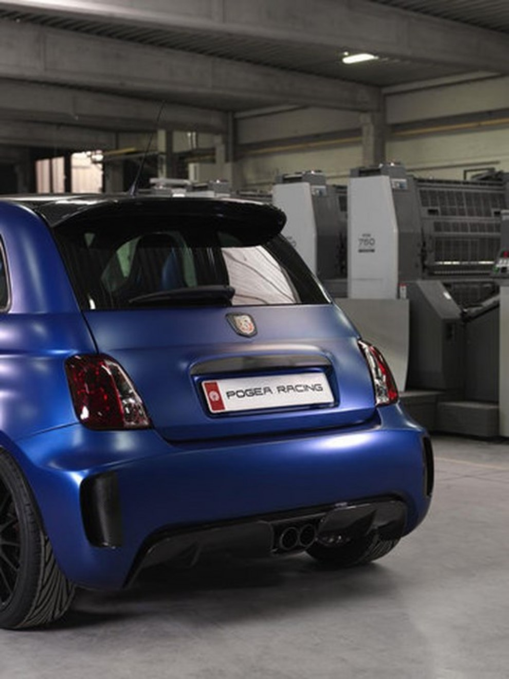 abarth 500 tuning da 331 cv by pogea racing infomotori. Black Bedroom Furniture Sets. Home Design Ideas