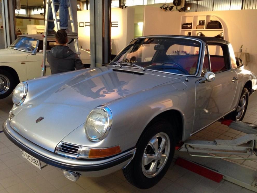 Partner Porsche Classic, inaugurato a Padova il secondo centro specializzato nelle auto d'epoca Porsche - Foto 5 di 20