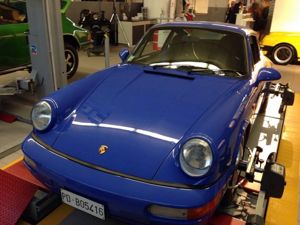 Partner Porsche Classic, inaugurato a Padova il secondo centro specializzato nelle auto d'epoca Porsche - Foto 7 di 20