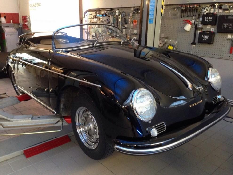 Partner Porsche Classic, inaugurato a Padova il secondo centro specializzato nelle auto d'epoca Porsche - Foto 8 di 20