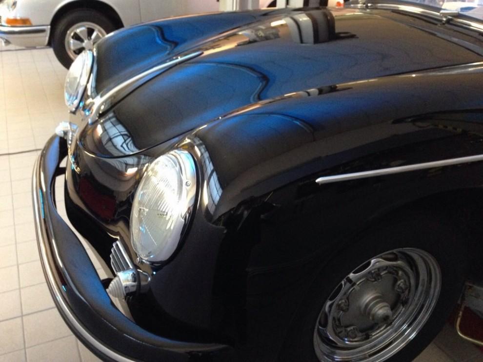Partner Porsche Classic, inaugurato a Padova il secondo centro specializzato nelle auto d'epoca Porsche - Foto 11 di 20