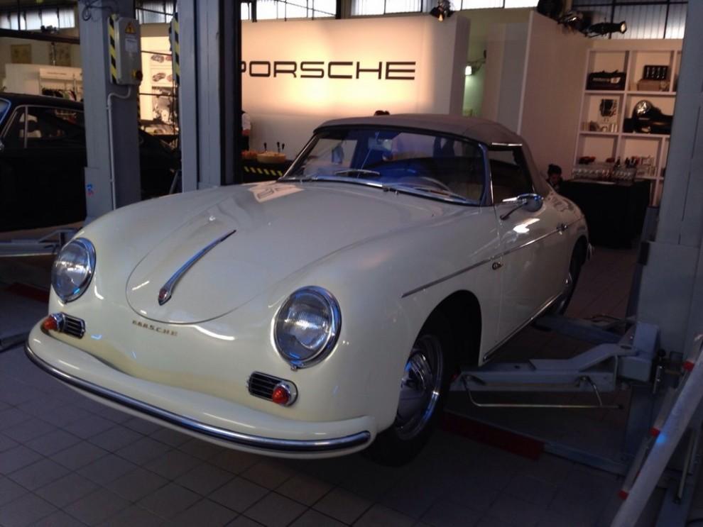 Partner Porsche Classic, inaugurato a Padova il secondo centro specializzato nelle auto d'epoca Porsche - Foto 13 di 20