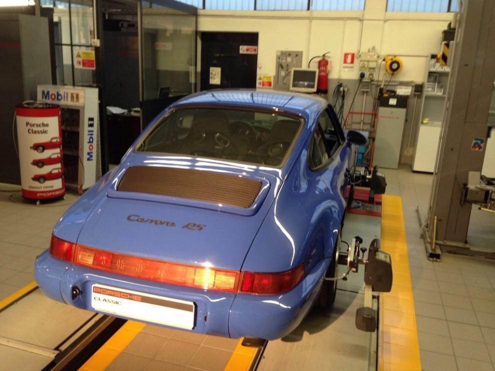 Partner Porsche Classic, inaugurato a Padova il secondo centro specializzato nelle auto d'epoca Porsche - Foto 20 di 20