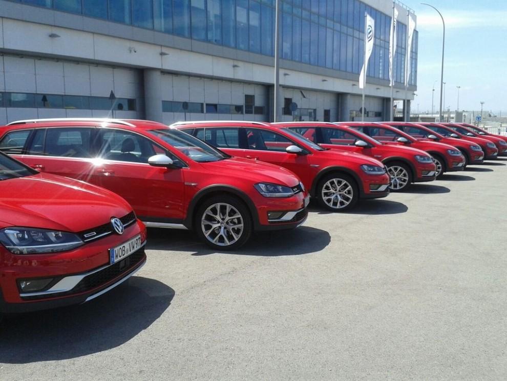 Volkswagen Golf Alltrack prova su strada, prestazioni e prezzi - Foto 7 di 13