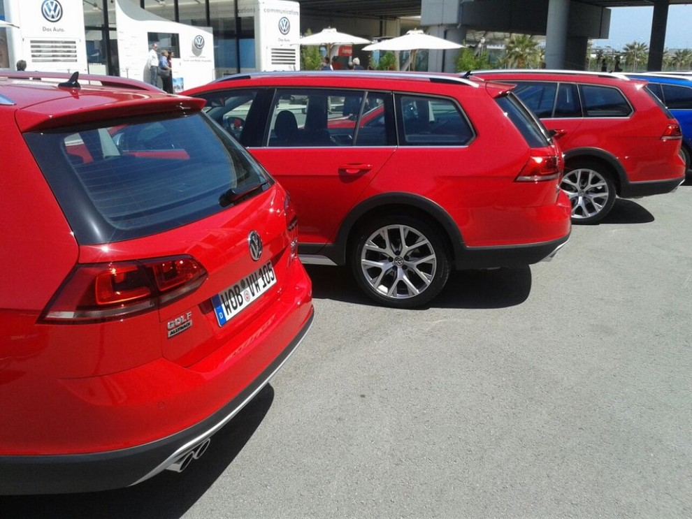 Volkswagen Golf Alltrack prova su strada, prestazioni e prezzi - Foto 10 di 13