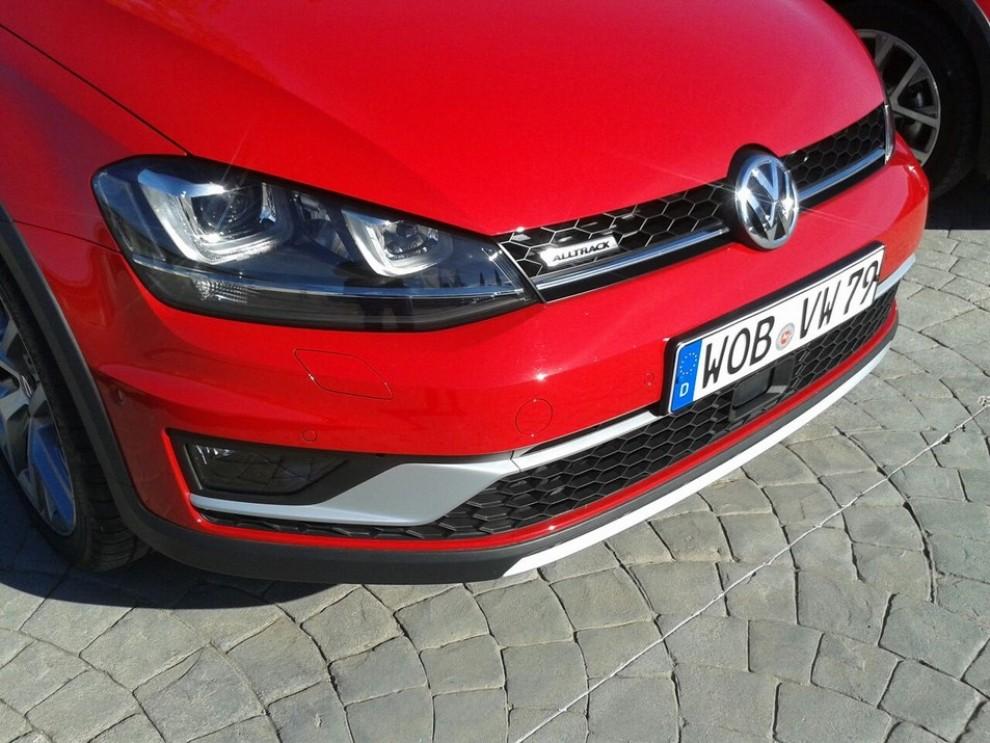 Volkswagen Golf Alltrack prova su strada, prestazioni e prezzi - Foto 12 di 13