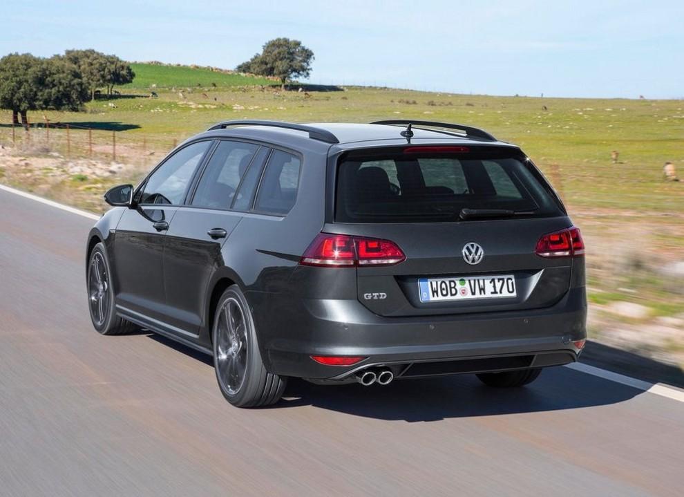 Volkswagen Golf GTD Variant prova su strada, prestazioni e consumi - Foto 18 di 25