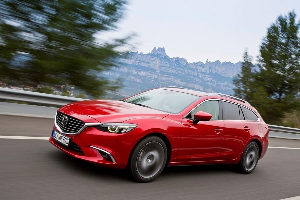 Nuova Mazda6 rinnovata nel design e nella tecnologia - Foto 3 di 4