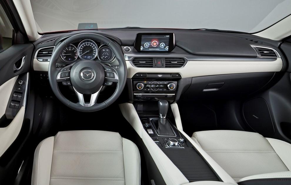 Nuova Mazda6 rinnovata nel design e nella tecnologia - Foto 4 di 4