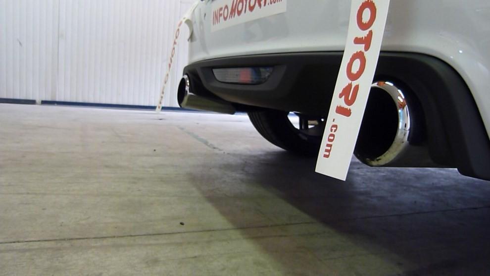Peugeot RCZ-R Bimota, la one-off scende in pista con Infomotori - Foto 21 di 26