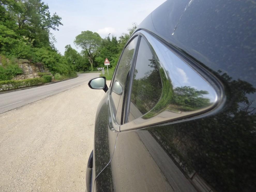 Lexus NX Hybrid 4WD Luxury: la prova su strada con prestazioni e consumi - Foto 34 di 36