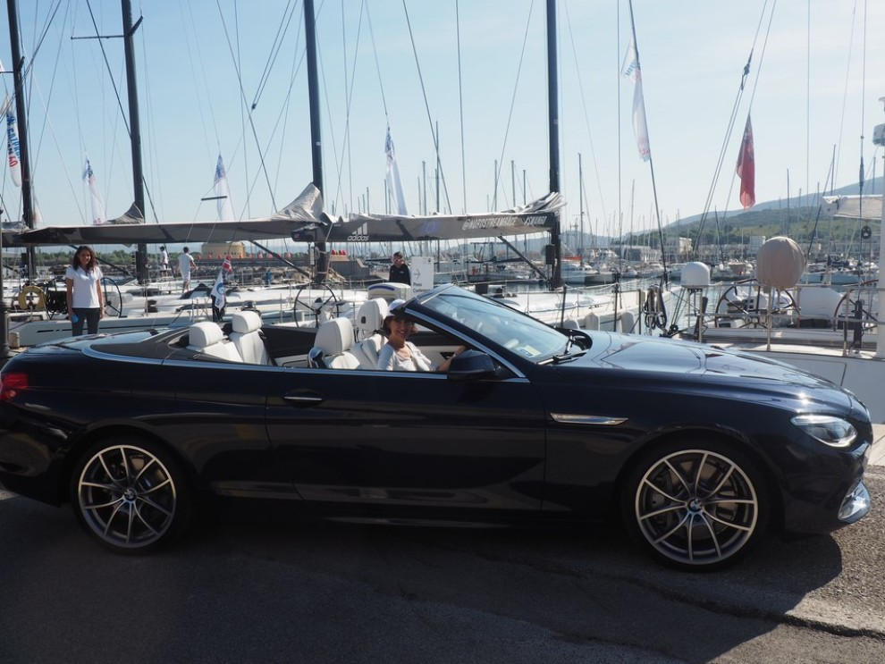 BMW Serie 6 restyling prova su strada, prezzi ed informazioni - Foto 7 di 21