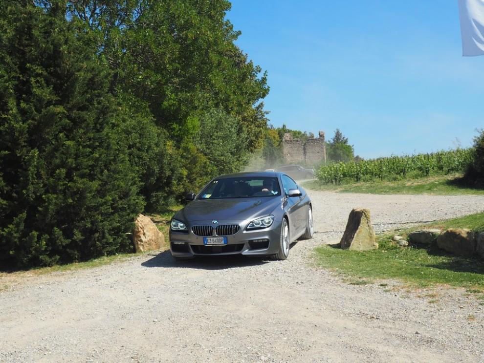 BMW Serie 6 restyling prova su strada, prezzi ed informazioni - Foto 9 di 21