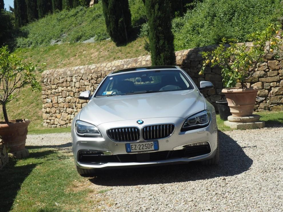 BMW Serie 6 restyling prova su strada, prezzi ed informazioni - Foto 13 di 21