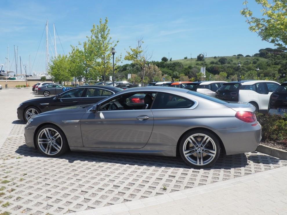 BMW Serie 6 restyling prova su strada, prezzi ed informazioni - Foto 15 di 21