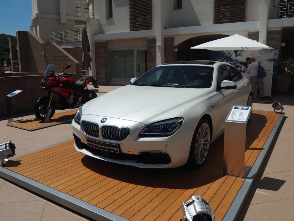 BMW Serie 6 restyling prova su strada, prezzi ed informazioni - Foto 14 di 21