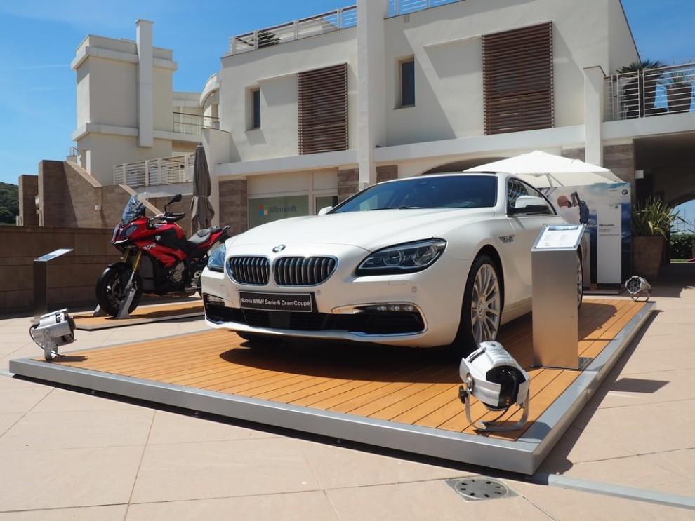 BMW Serie 6 restyling prova su strada, prezzi ed informazioni - Foto 18 di 21