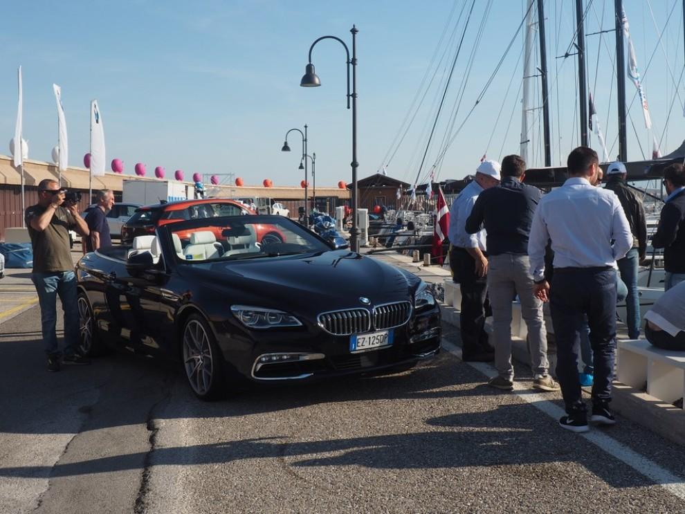 BMW Serie 6 restyling prova su strada, prezzi ed informazioni - Foto 20 di 21