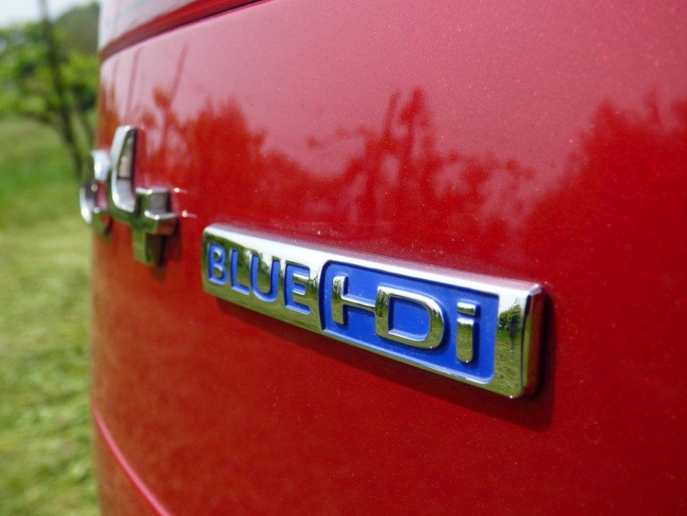 Citroën C4 Picasso 2.0 BlueHDi 150 Cv EAT6 Exclusive provata su strada da Infomotori - Foto 6 di 20