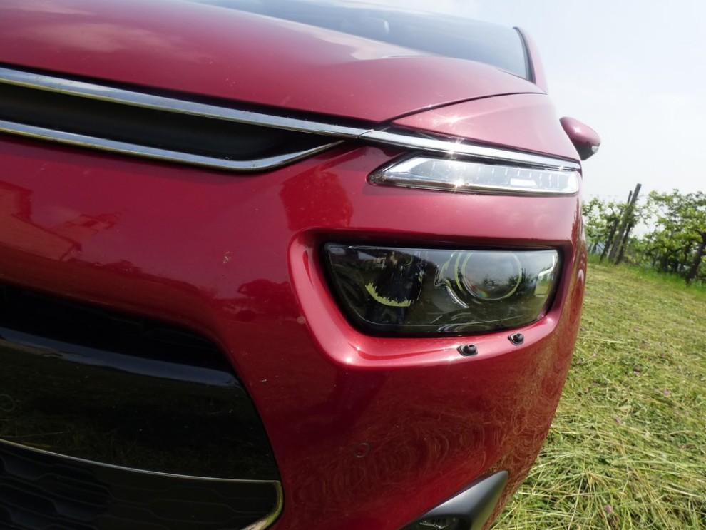 Citroën C4 Picasso 2.0 BlueHDi 150 Cv EAT6 Exclusive provata su strada da Infomotori - Foto 17 di 20